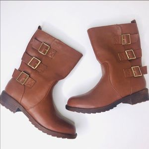 Relent brown Jenny boots